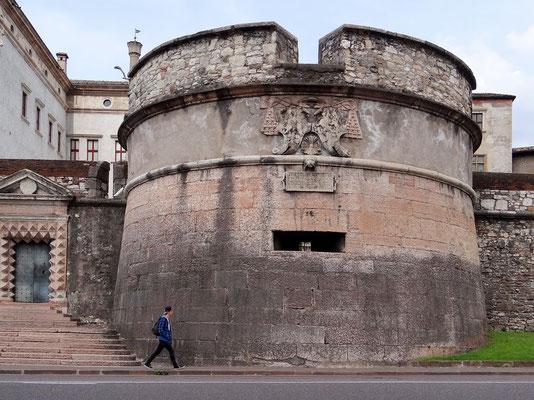 Rondell neben dem Tor 'Porta San Vigilio'