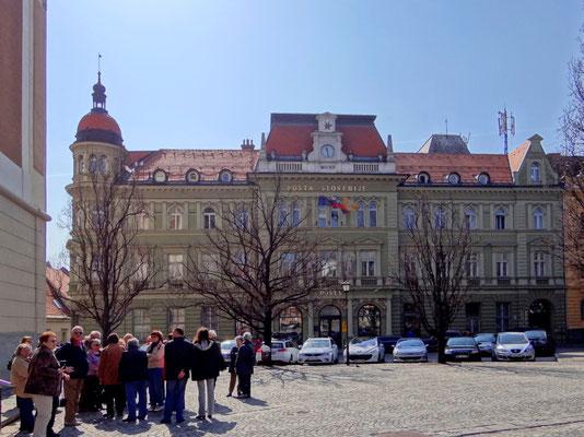 das Neo-Renaissancegebäude der Post aus dem Jahre 1892