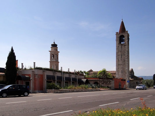 Glockenturm der Kirche San Severo