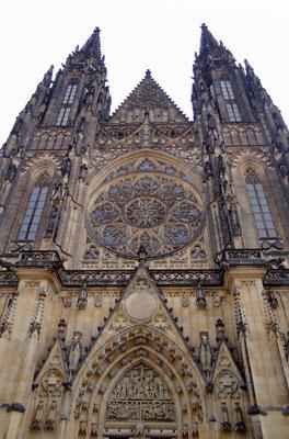 St. Veits-Dom - Krönungskirche und Grabstätte der böhmischen Könige