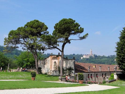 Blick zur Kirche der Santa Maria di Monte Berico