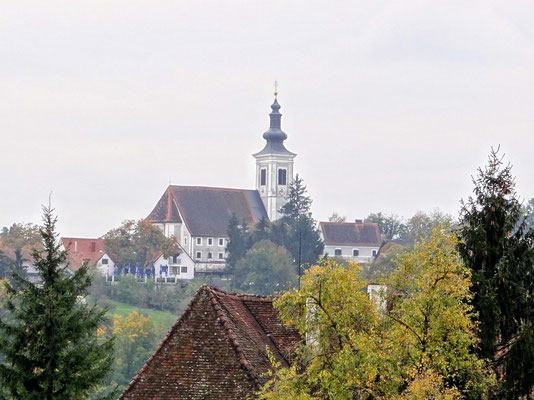 Blick zur Wallfahrtskirche am Frauenberg