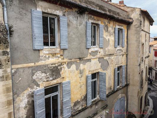 31 Façade de maisons, rue Tour de Fabre, Arles
