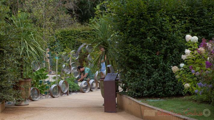 Jardin des Jardins Botaniques de France; Services Espaces Verts Environnement de Nantes et les Jardins botaniques d'Angers, Brest, Caen, La Gacilly, Monaco, Nantes, Tours; Sculptures de graines, Didier Rousseau-Navarre; France. Photo © Christian Coulais