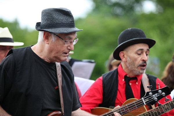 Bernard Castaingt (basse), Pierre Croizat (guitare); Les Choraleurs, Festival JAZZ360 2013, Quinsac. 08/06/2013