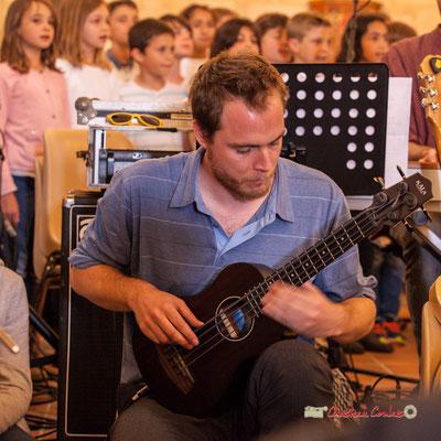 Chorale des CM1 / CM2 de Quinsac accompagnée par la classe Jazz du Collège de Monségur. Festival JAZZ360 2019, vendredi 7 juin 2019.