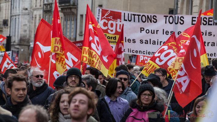 """14h30, CGT-Monnaie de Paris, CGT-Ford Blanquefort """"Luttons tous ensemble, pour les emplois, les salaires..."""""""