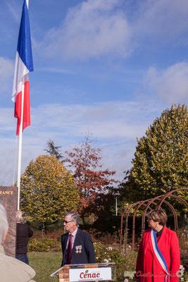 Montée des couleurs. Hommages et commémoration de l'Armistice du 11 novembre 1918 à Cénac, ce samedi 11 novembre 2017.