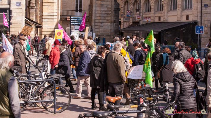 15h12 Génération écologie les Verts. Manifestation intersyndicale de la Fonction publique/cheminots/retraités/étudiants, place Gambetta, Bordeaux. 22/03/2018