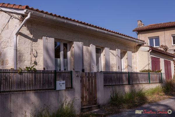 3 Habitat vernaculaire. Avenue de Vinagrey, Cénac, Gironde. 16/10/2017