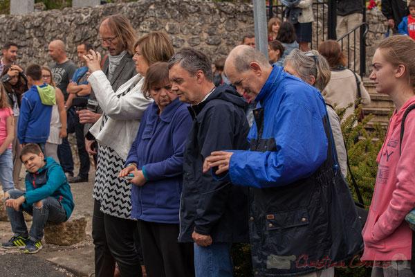 """Catherine Veyssy, Maire de Cénac, derrière l'objectif pour la page Facebook """"Commune de Cénac"""", 10/06/2016"""