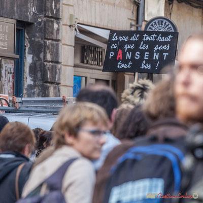 """""""La rue dit tout haut ce que les gens pAnsent tout bas !"""" Manifestation contre la réforme du code du travail. Place Gambetta, Bordeaux, 12/09/2017"""