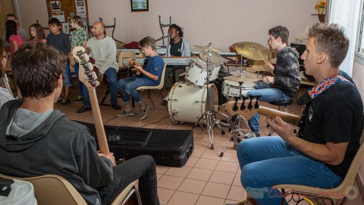 Répétition entre la Chorale jazz de l'école primaire de Le Tourne et le Big Band Jazz du collège de Monségur. Festival JAZZ360 2016, 10/06/2016