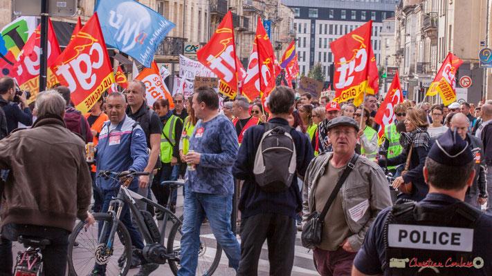 Ouverture du cortège par la C.G.T. Manifestation intersyndicale de la Fonction publique, place Gambetta, Bordeaux. 10/10/2017