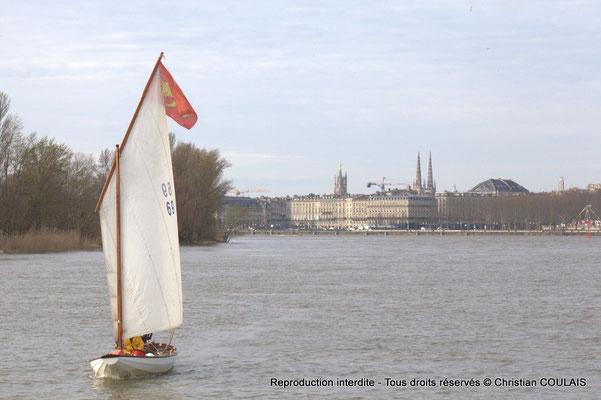 Yole le Seil, la Garonne, le quai Louis XVIII. Bordeaux, samedi 16 mars 2013
