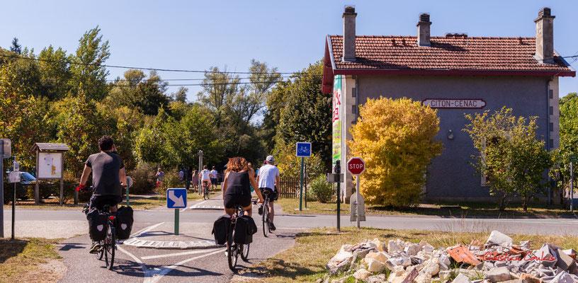 """""""Citon-Cénac"""" De Sadirac à l'ancienne gare de Citon-Cénac; 5km. Ouvre la voix, dimanche 5 septembre 2021. Photographie © Christian Coulais"""