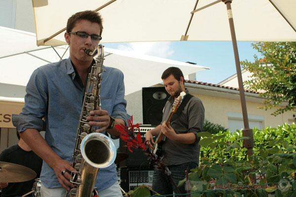 Concert des Ateliers Jazz des conservatoires de Bordeaux et Agen. Festival JAZZ360 2011, restaurant les Acacias. 05/06/2011