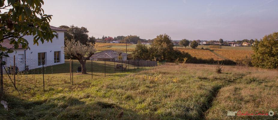 3 Point de vue vers Chabrot et le Cloutet, avenue de Mons, Cénac, Gironde. 16/10/2017