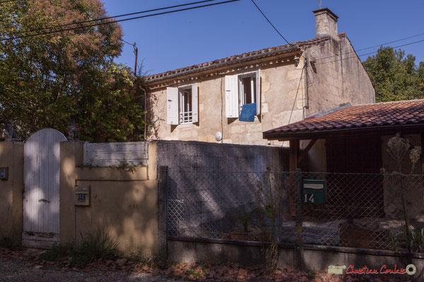 Habitat vernaculaire. Avenue du Rauzé, Cénac, Gironde. 16/10/2017