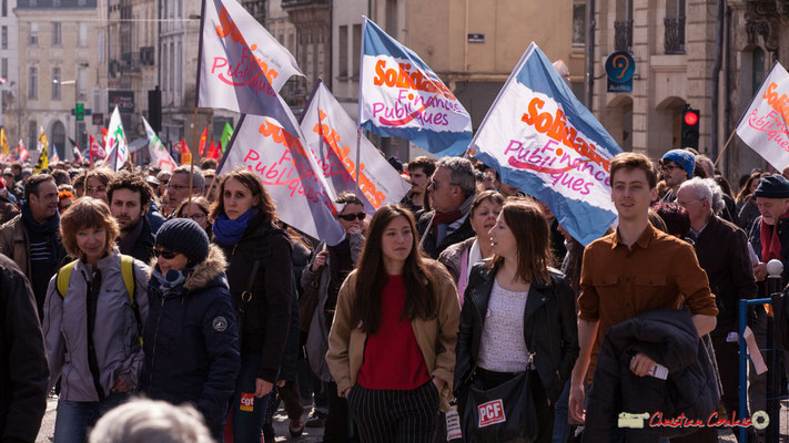 14h50 Solidaires Finances publiques. Manifestation intersyndicale de la Fonction publique/cheminots/retraités/étudiants, place Gambetta, Bordeaux. 22/03/2018