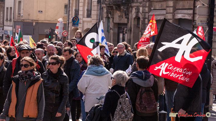 15h01 Alternative libertaire. Manifestation intersyndicale de la Fonction publique/cheminots/retraités/étudiants, place Gambetta, Bordeaux. 22/03/2018
