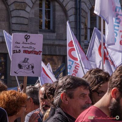 """""""Nous travaillons, vous travaillez, ils profitent"""" Manifestation intersyndicale de la Fonction publique, place Gambetta, Bordeaux. 10/10/2017"""
