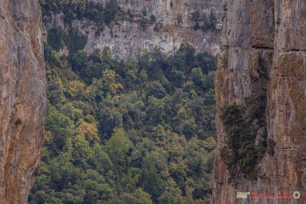 """""""A pic"""" Belvédère d'Iso, Gorge de Arbaiun, Navarre / Belvedere de Iso, Foz de Arbaiun, Navarra"""