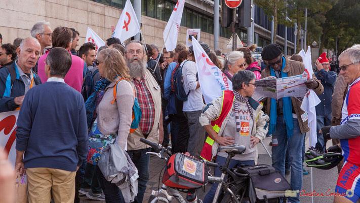 La France insoumise. Manifestation intersyndicale de la Fonction publique, cours d'Albert, Bordeaux. 10/10/2017