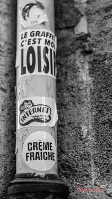 """""""Crème fraîche. Oui mais encore ?"""" Quartier Saint-Michel, Bordeaux. Mercredi 24 juin 2020. Photographie © Christian Coulais"""