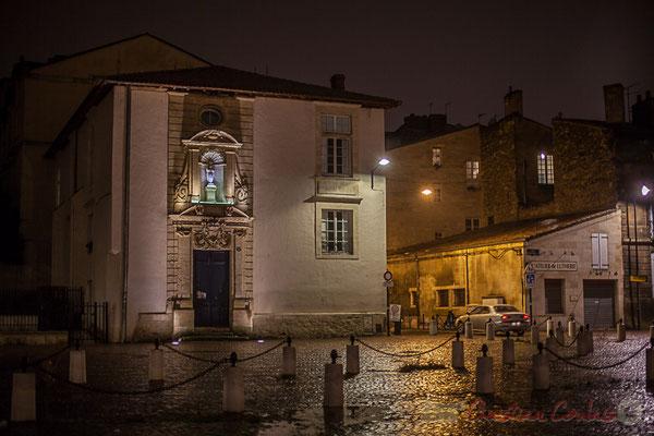 En 1607, un noviciat est créé à Bordeaux, le 3ème en France après Avignon et Toulouse. D'abord installé rue du Hâ, il fut transféré près de l'église Sainte-Croix. Entre 1671 et 1762 on y dénombre 1446 entrées de novices.
