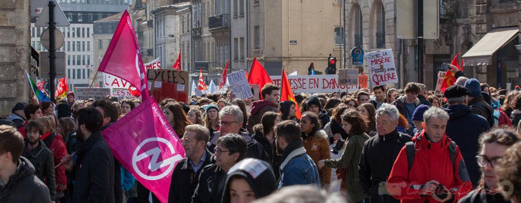 14h23, manifestation contre l'avant-projet de loi Travail présentée par Mme El Khomri, Bordeaux