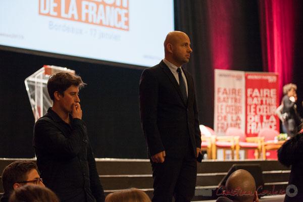 Un Jeune Socialiste et Matthieu Rouveyre, dans l'attente de l'arrivée de Benoît Hamon, Théâtre Fémina, Bordeaux