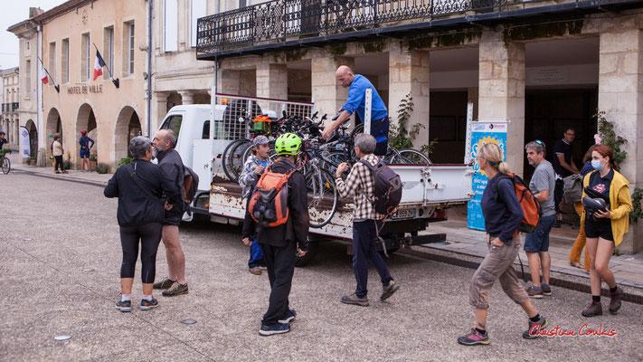 Navette des vélos Créon - Sauveterre-de-Guyenne. Ouvre la voix, samedi 4 septembre 2021. Photographie © Christian Coulais