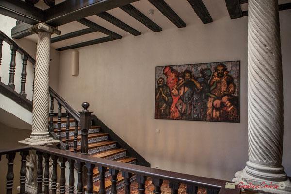 1er étage, escalier central avec balustrade et différentes colonnes torsadées / Escalera central con balaustrada y varias columnas retorcidas. Palacio de Ongay-Vallesantoro, Sangüesa, Navarra