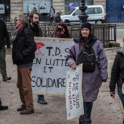"""14h31, """"Je suis un numéro"""", """"Travailleur-ses-s du sexe en lutte et solidaires"""". Place Gambetta"""