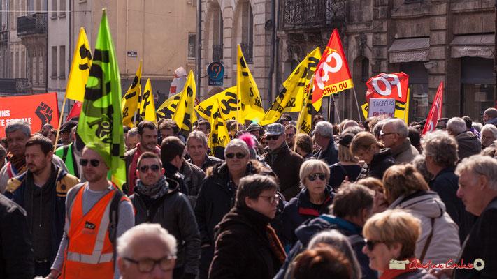 14h48 Facteurs de Pauillac. Manifestation intersyndicale de la Fonction publique/cheminots/retraités/étudiants, place Gambetta, Bordeaux. 22/03/2018