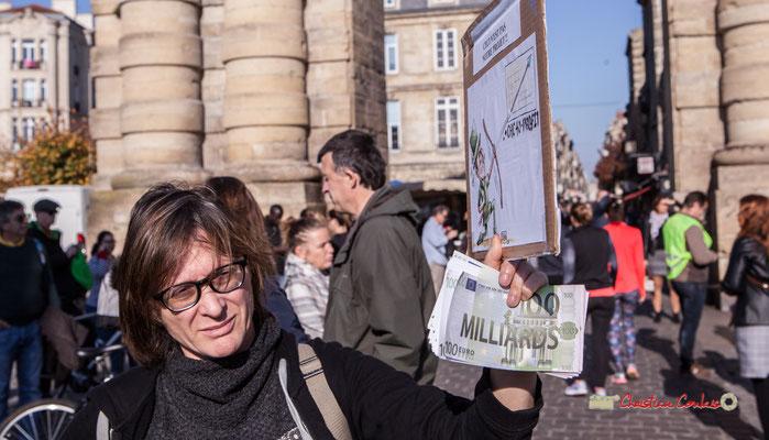 """""""Ceci n'est pas notre projet : augmentation du CAC 40 et des profits"""" Manifestation nationale des gilets jaunes. Place de la Victoire, Bordeaux. Samedi 17 novembre 2018"""