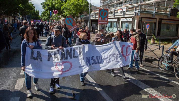 Banderole France Insoumise, et ses centaines de participants. Manifestation du 1er mai 2017, avec la France Insoumise, cours d'Albret, Bordeaux