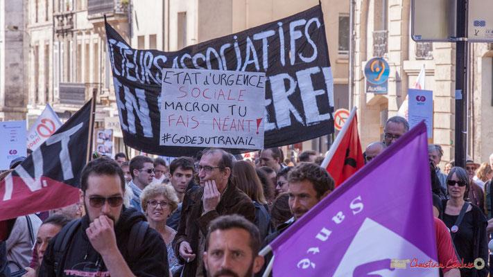 """""""Etat d'urgence sociale, Macron tu fais néant ! #codedutravail"""" Manifestation intersyndicale de la Fonction publique, place Gambetta, Bordeaux. 10/10/2017"""