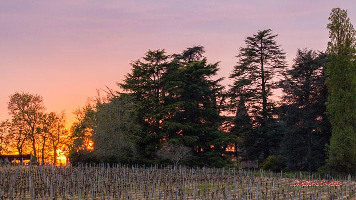 5/8 Coucher de soleil depuis Haut-Brignon, Cénac. Mardi 7 avril 2020. Photographie : Christian Coulais
