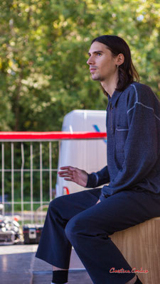 Quentin Guy; Timo Pheievna en concert. Festival Ouvre la voix, Musée du Patrimoine sensible du créonnais, Sadirac, dimanche 5 septembre 2021. Photographie © Christian Coulais