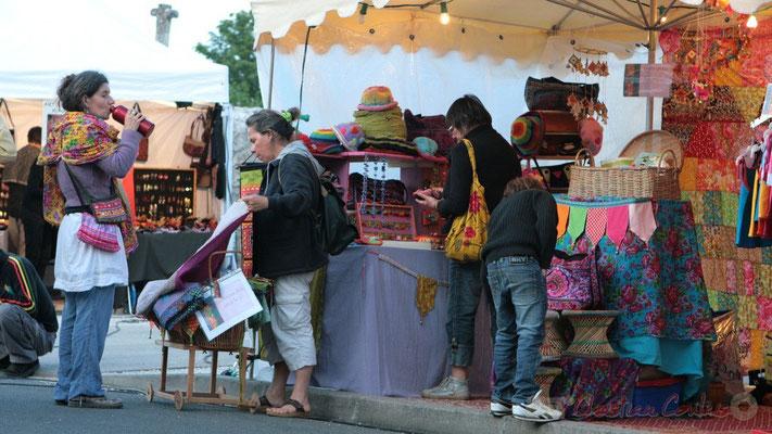 Boutiques artisanales et restauration sur place, Festival JAZZ360 2011, Cénac. 04/06/2011