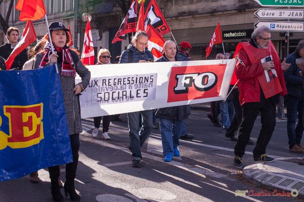 """FO """"Non aux régressions sociales"""" Manifestation intersyndicale contre les réformes libérales de Macron. Cours d'Albret, Bordeaux, 16/11/2017"""