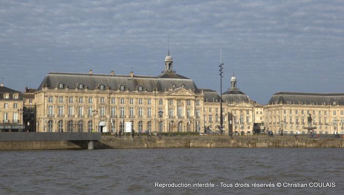 Quai de la Douane, musée de la Douane, Bordeaux patrimoine mondial de l'Unesco au titre d'ensemble urbain exceptionnel. Samedi 16 mars 2013