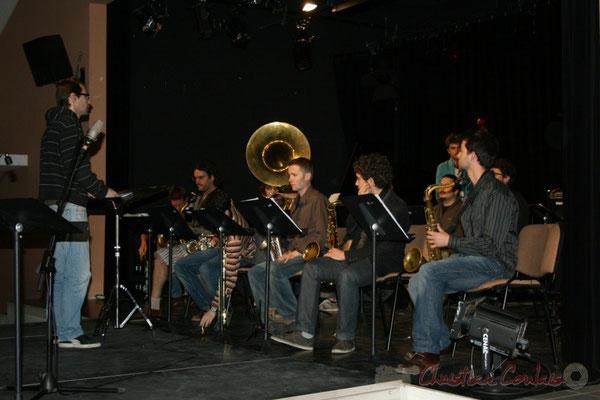 Julien Dubois va diriger le Big Band du Conservatoire Jacques Thibaud, section Musiques Actuelles Amplifiées-Jazz. Festival JAZZ360 2010, Cénac. 14/05/2010
