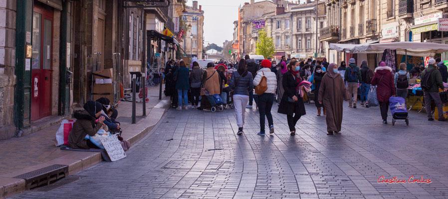 """1/2 """"Seules"""" Rue Clare, Bordeaux. Samedi 6 mars 2021. Photographie © Christian Coulais"""