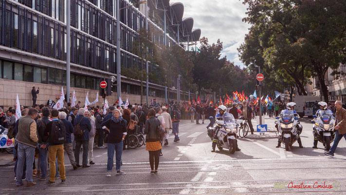 11h58 Manifestation intersyndicale de la Fonction publique, cours d'Albert, Bordeaux. 10/10/2017