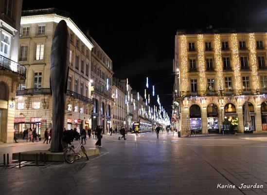 Illuminations de Noël, place de la Comédie et ses environs. Mercredi 16 décembre 2020. Photographie © Karine Jourdan