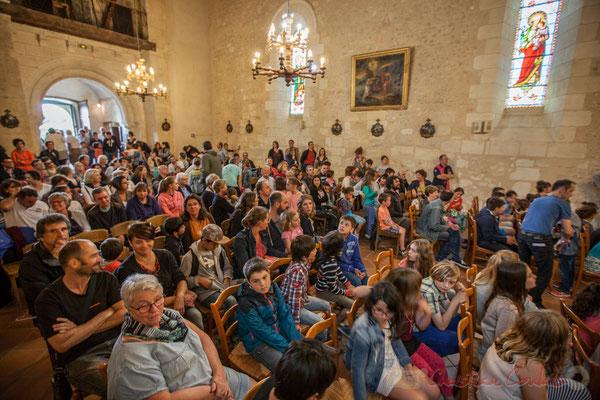 Un public conquis. Eglise Saint-André. Festival JAZZ360 2016