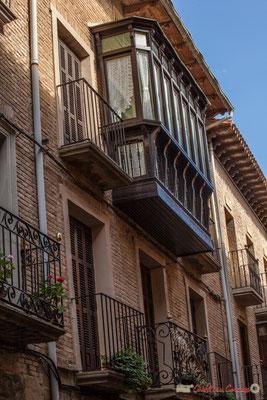 Façade de maison à l'oriel, Olite, Navarre / Fachada de la casa con arco-ventana, Olite, Navarra